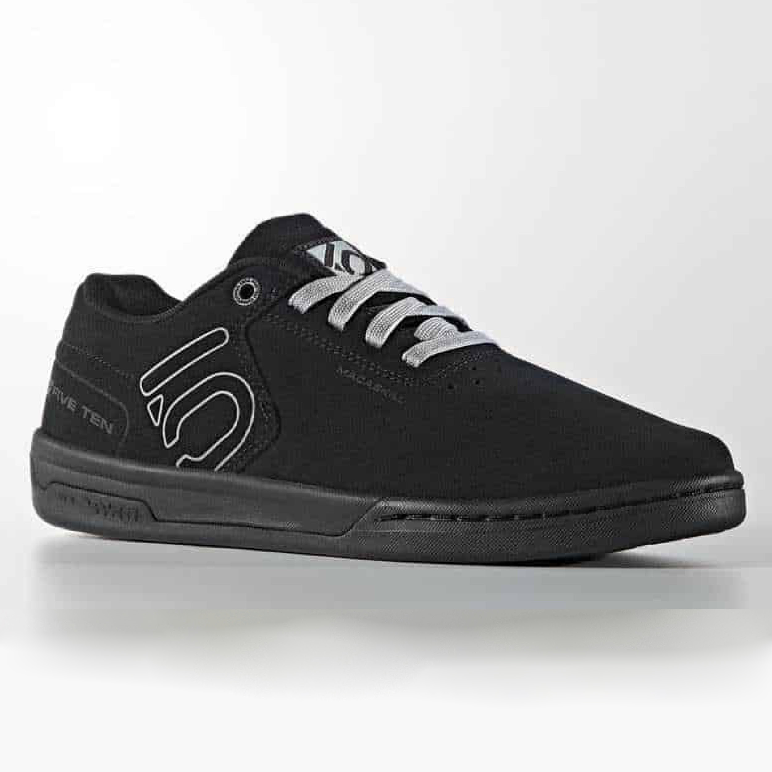 9e7ce8bec467 Five Ten Danny Macaskill MTB Shoes Carbon Black £49.99